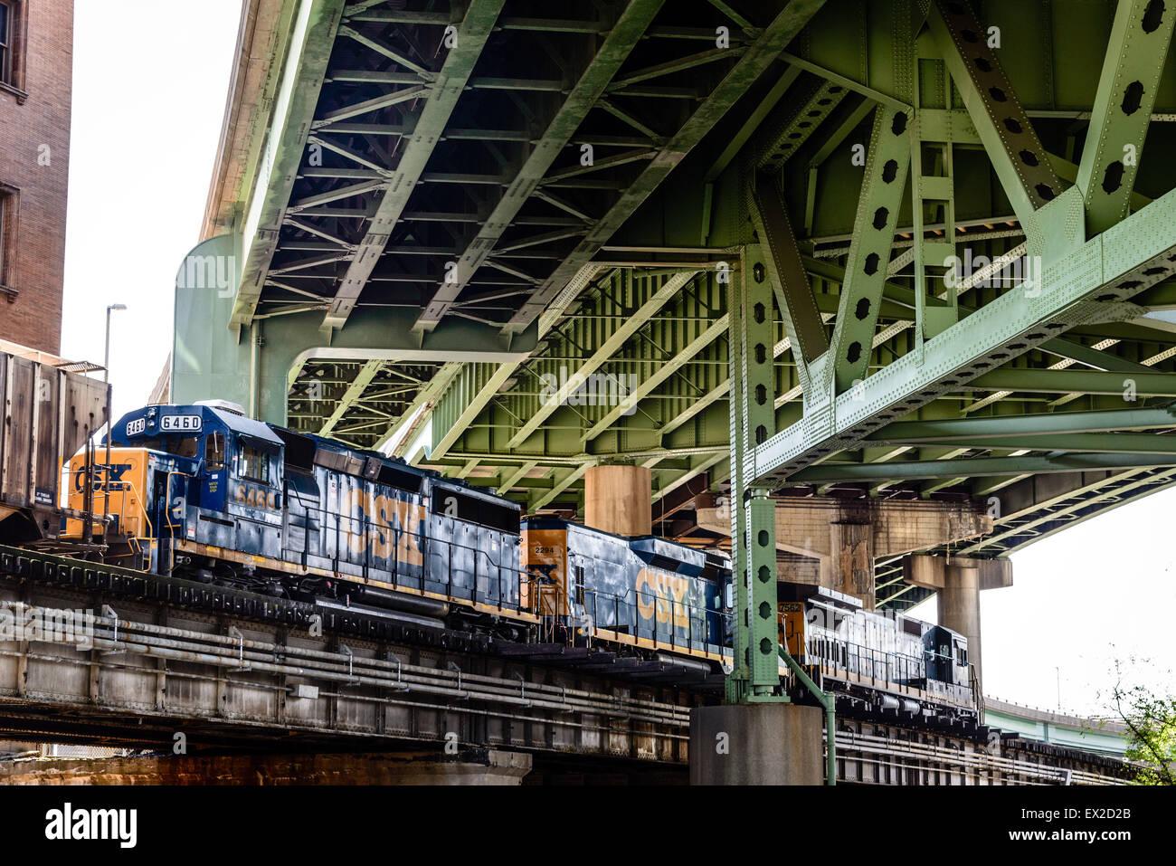 CSX Freight Train passing Main Street Station, Richmond, Virginia - Stock Image