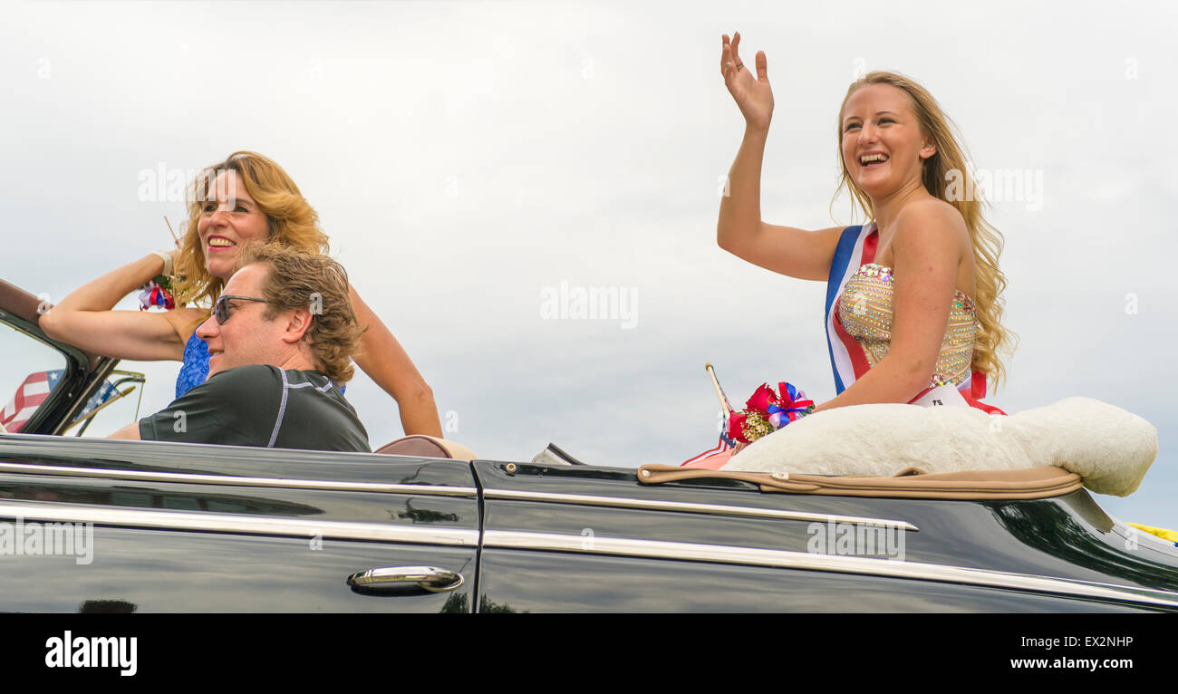 Wantagh, New York, USA. 4th July 2015. A finalist contestant in The Miss Wantagh Pageant ceremony, a long-time Independence Stock Photo