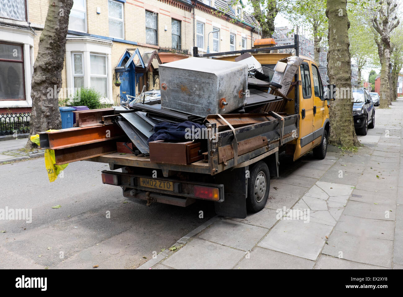 Scrap Metal Van Stock Photos & Scrap Metal Van Stock Images - Alamy