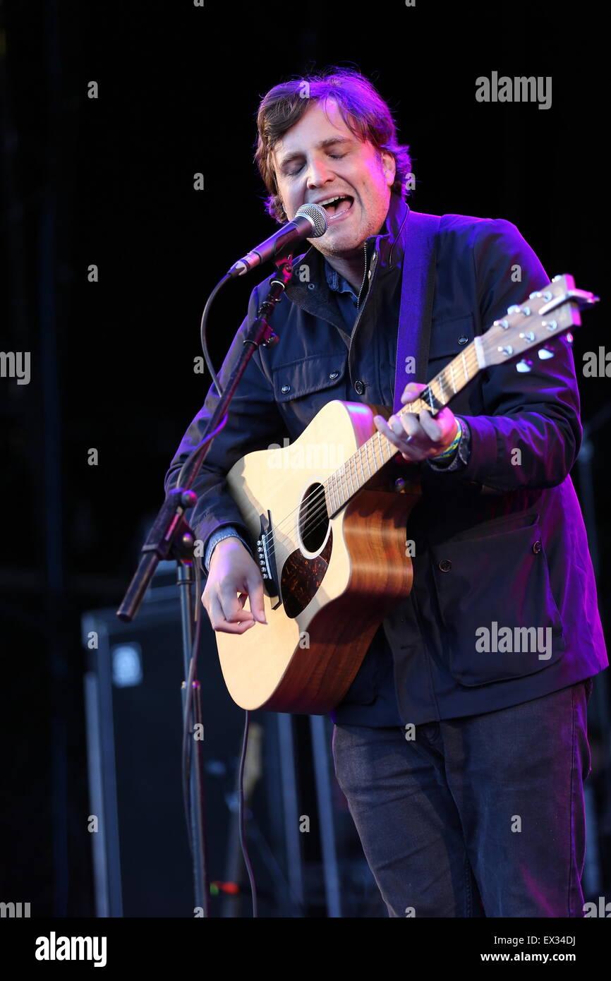 Delamere, UK. 5th July, 2015. Former Starsailor frontman James Walsh performs live at Delamere Forest supporting - Stock Image