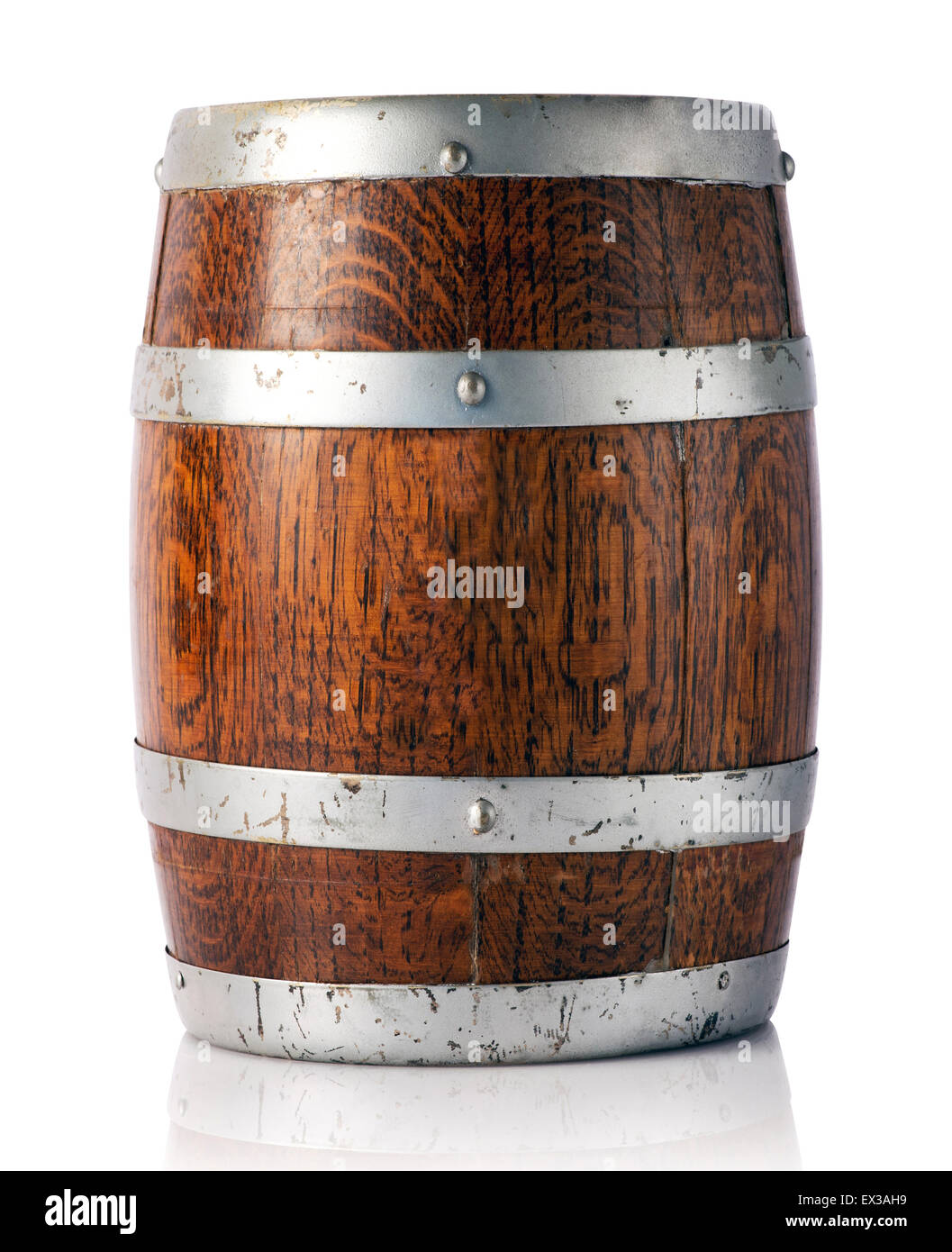 Coopered wooden oak barrel with metal bands - Stock Image
