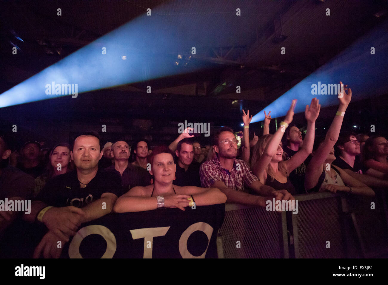 Fans at concert of american Rock band Toto Stock Photo: 84902805 - Alamy