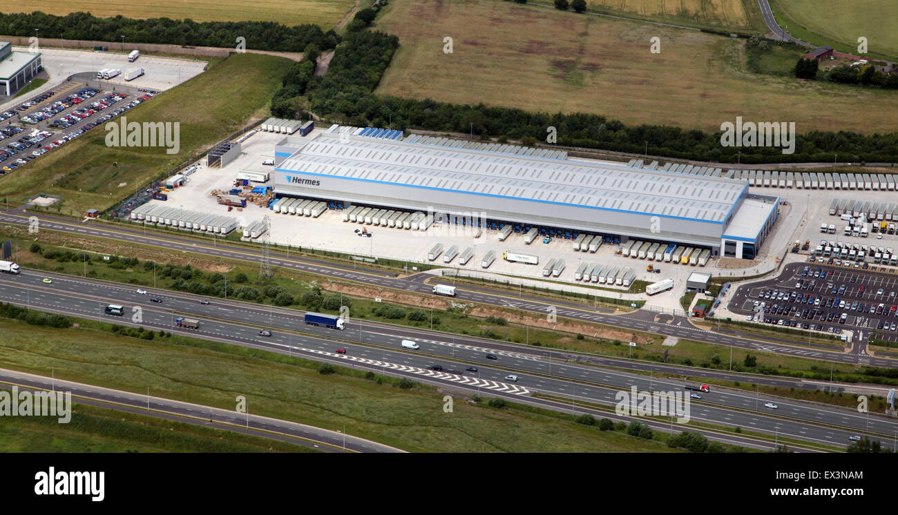 aerial view of the Hermes warehouse distribution centre at Warrington, Cheshire, UK - Stock Image