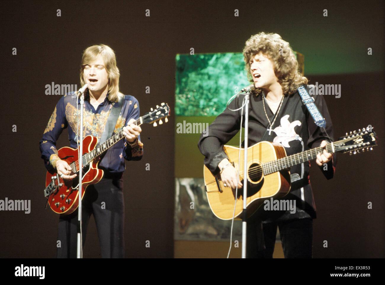 Moody Blues Uk Rock Group With Justin Hayward At Left And John Lodge Stock Photo Alamy