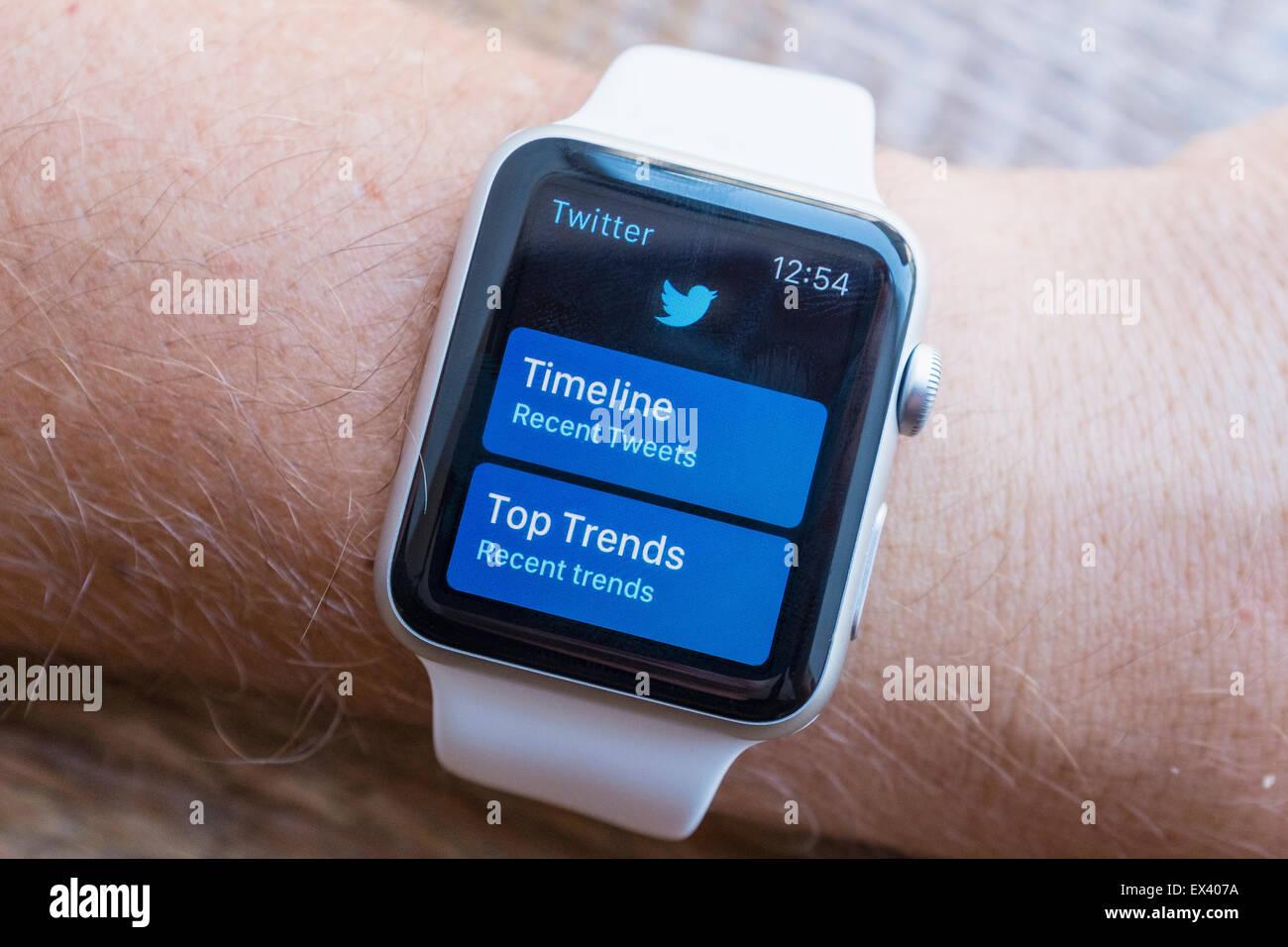 Twitter social media app on an Apple Watch - Stock Image