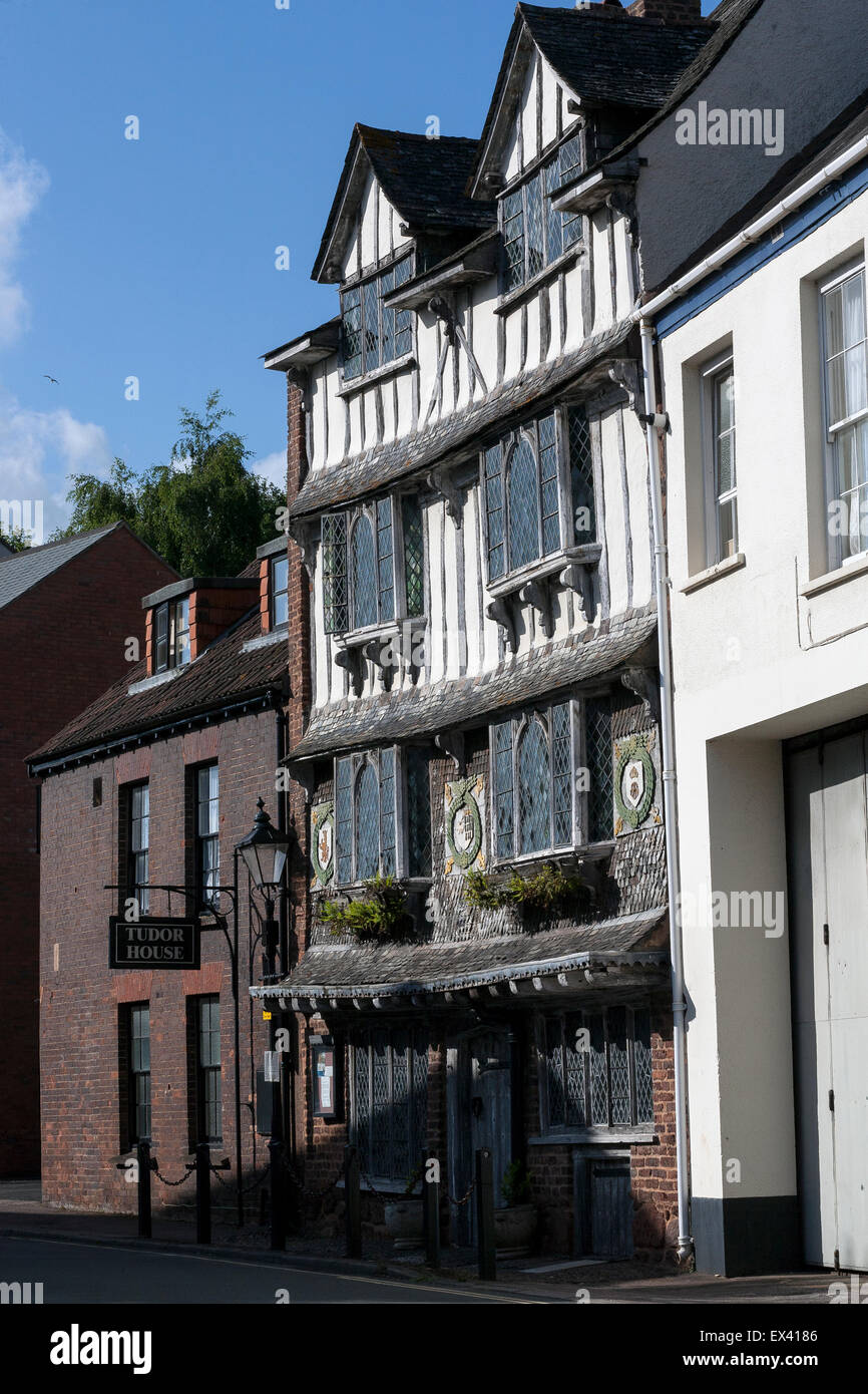 Old Tudor House Tiddy House is a grade II* listed building in Exeter, Devon, England. Late C16 4 storey timber-framed - Stock Image