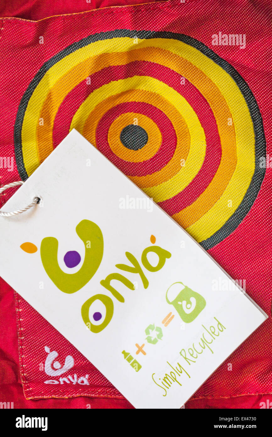 Onya simply recycled bag and label - made from rPET Recycled Plastic Bottles - Stock Image