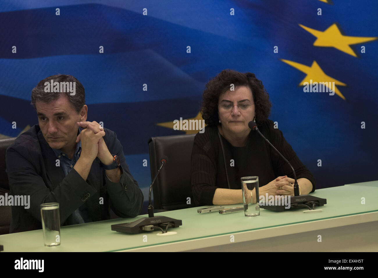 Athens, Greece. 6th July, 2015.  The new finance minister EUCLID TSAKALOTOS(R) and the alternate minister of finances - Stock Image