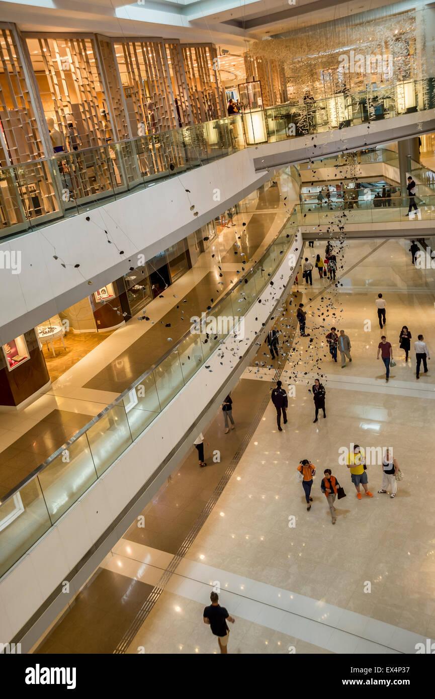Interior of IFC shopping mall in Hong Kong, China - Stock Image