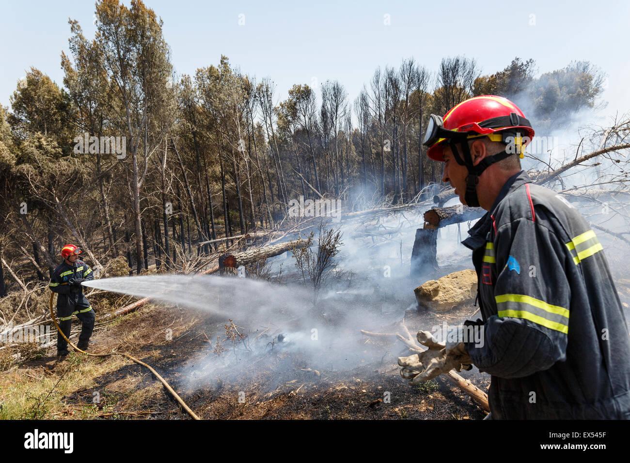 Fireman working. Biota village. Zaragoza province. Aragón. Spain - Stock Image