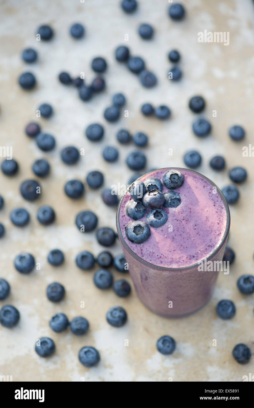 Fresh blueberry smoothie from above - Stock Image