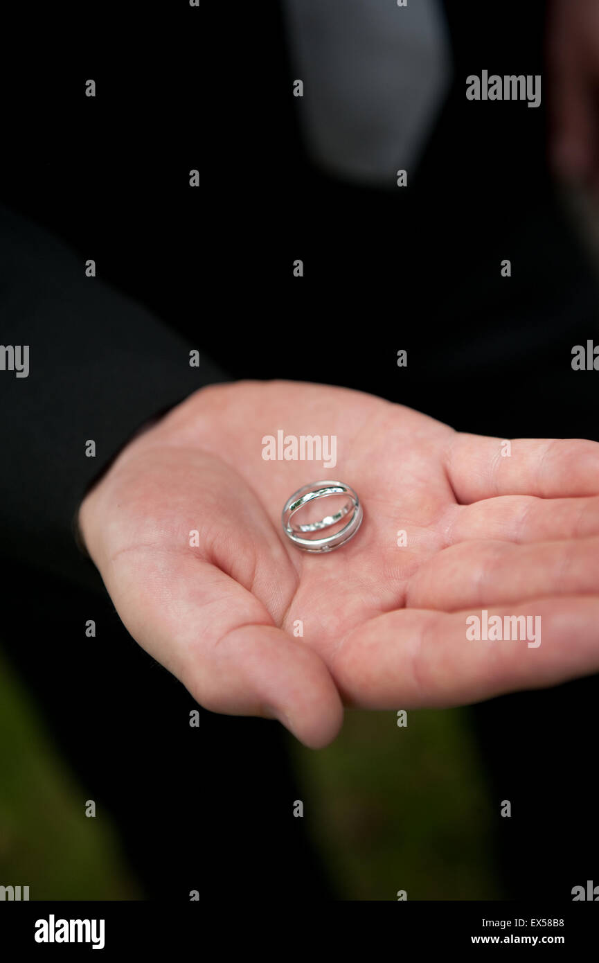 Wedding Rings Wedding Symbols Stock Photos & Wedding Rings Wedding ...