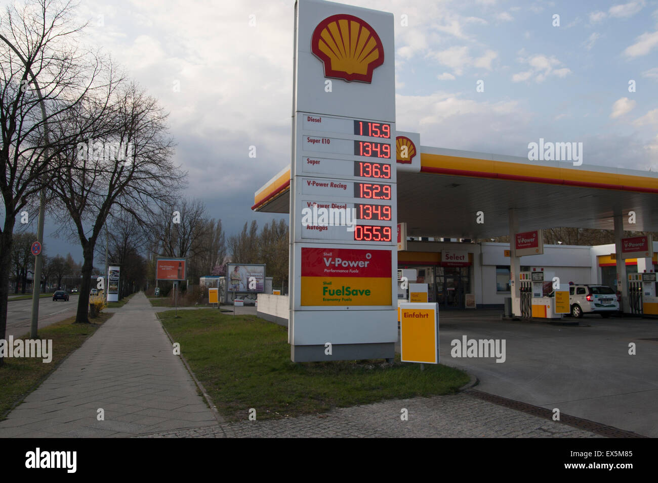 Gas Station Prices >> Shell Gas Petrol Station Prices Berlin Germany Stock Photo 84948197