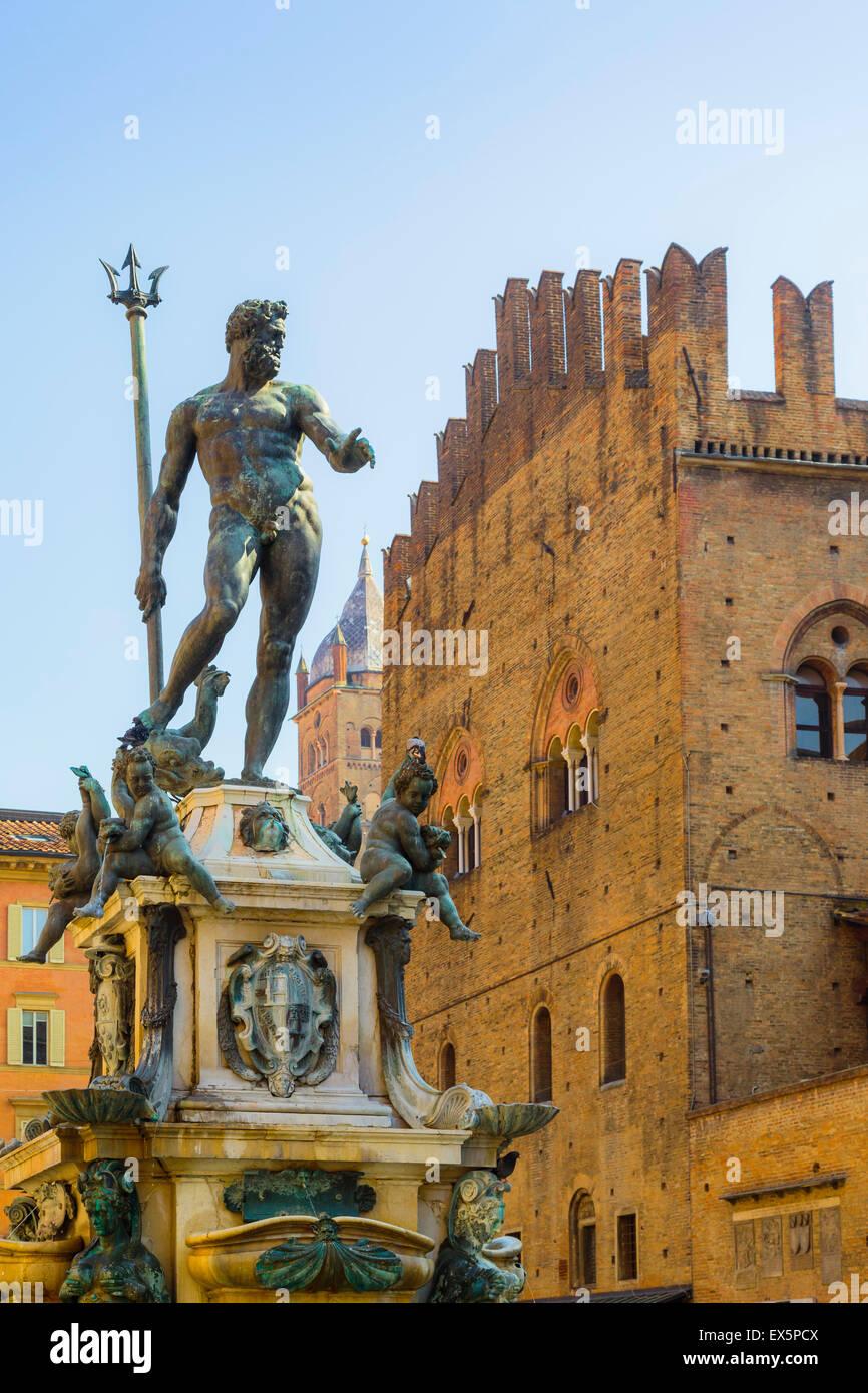 Bologna, Emilia-Romagna, Italy. Fontana di Nettuno, or Neptune Fountain in Piazza del Nettuno.  The fountain dates - Stock Image