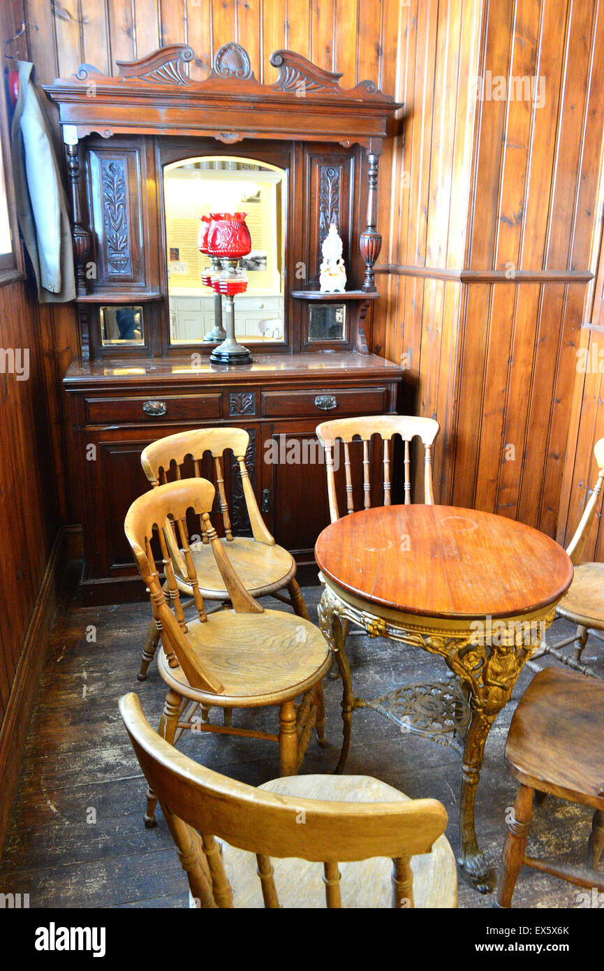 Replica of early 20th century Irish pub snug at the Ulster American Folk Park - Stock Image