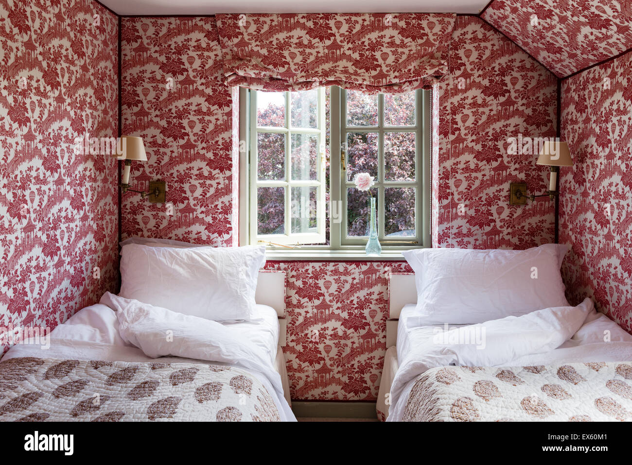 Christopher Howe Toile Wallpaper And Blind In Twin Bedroom With Indian  Paisley Quilted Bed Covers