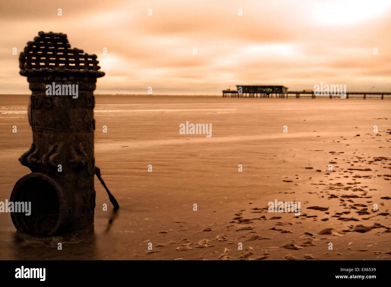 Southport, Merseyside, UK. 08th July, 2015. UK Weather, Stormy sunrise Southport, Merseyside, UK Credit:  Cernan - Stock Image