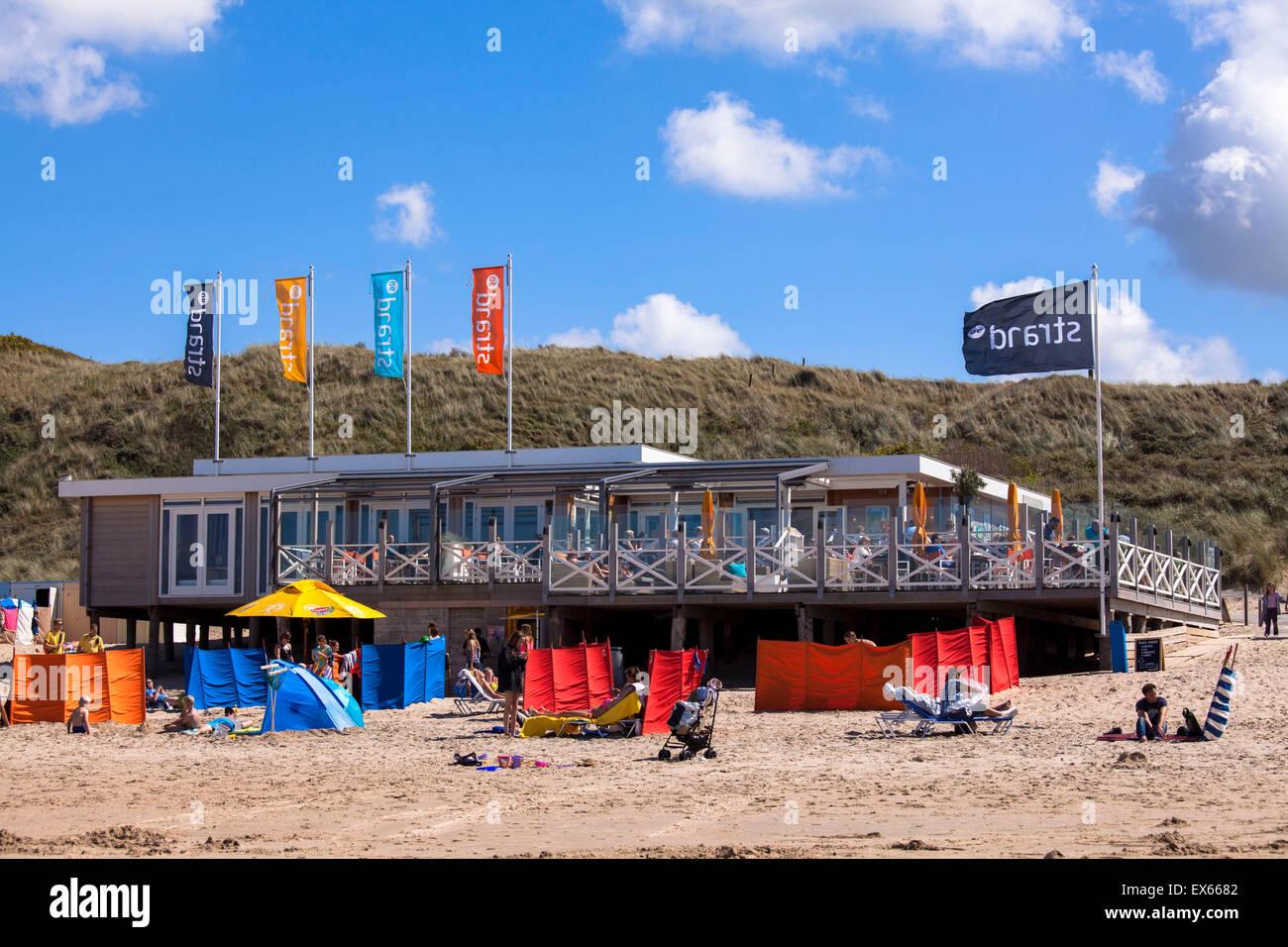 Europe, Netherlands, Zeeland, restaurant pavillon Strand90 at the beach in Domburg on the peninsula Walcheren. Stock Photo