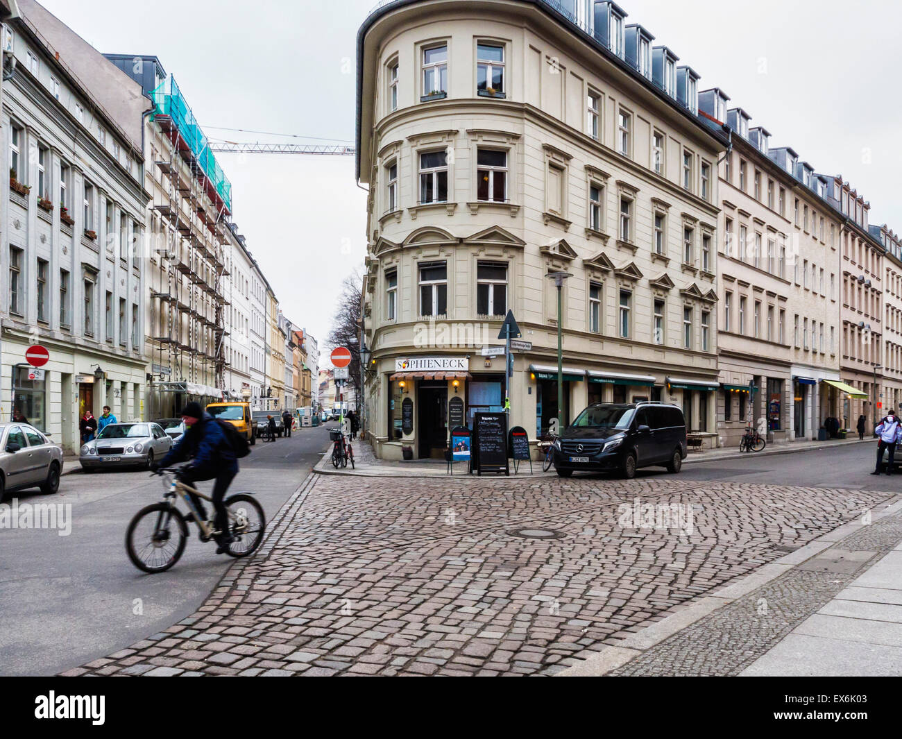 Berlin Sophieneck bar and restaurant exterior and Berlin street view with apartment buildings - Stock Image