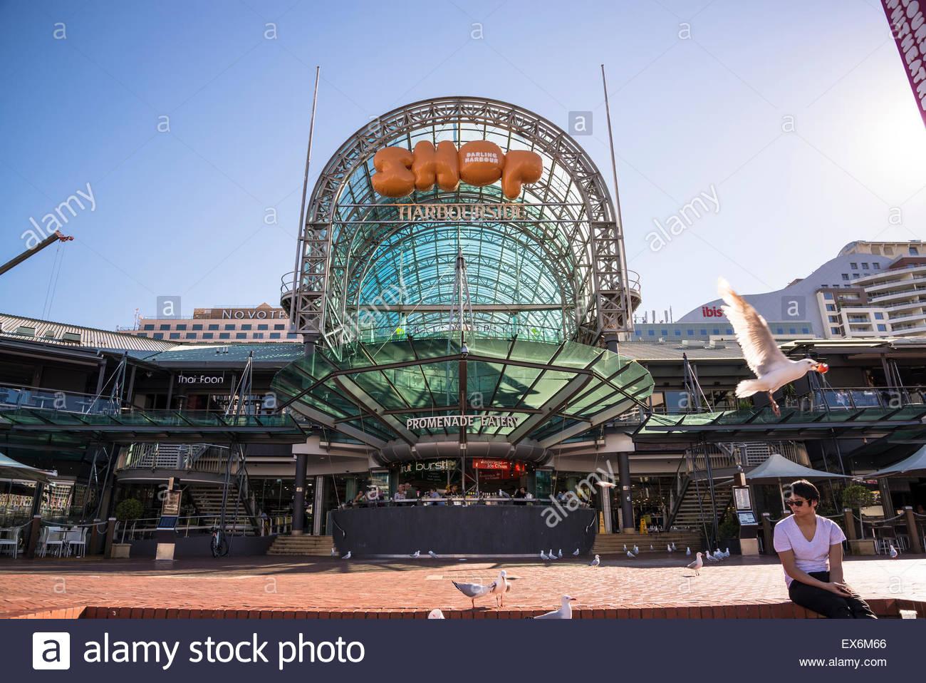 Harbourside Shopping Centre, Darling Harbour, Sydney, Australia - Stock Image