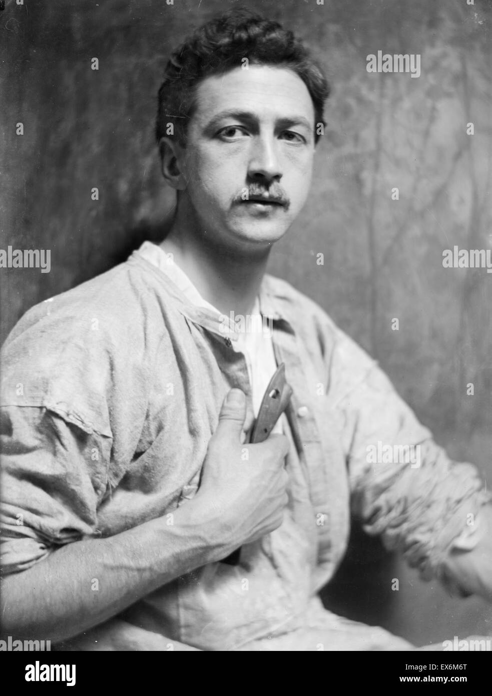 Photograph of Chester Beach (1881-1956) American sculptor who was known for his busts and medallic art. Dated 1908 - Stock Image