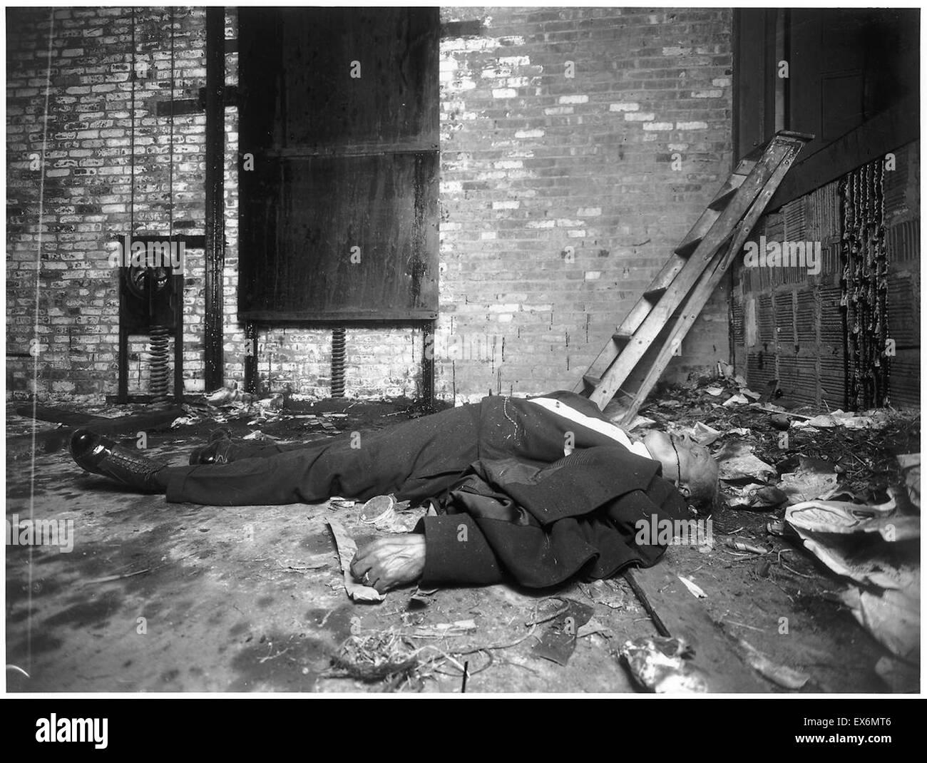 photograph of murder scene in new york city dated 1916 stock photo