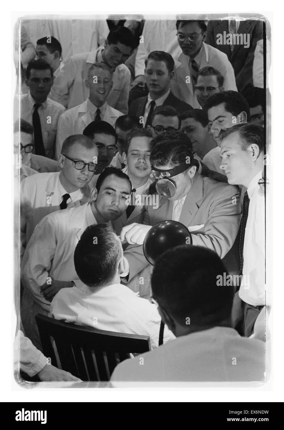 George Washington University Medical School, Washington, D.C. Students in class 1958 - Stock Image