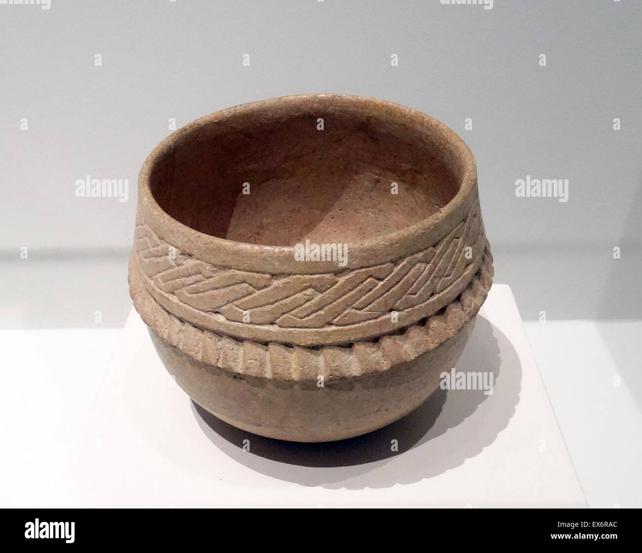 Ceramic bowl from unknown origin, Mexico. Dated 600-900 AD. - Stock Image