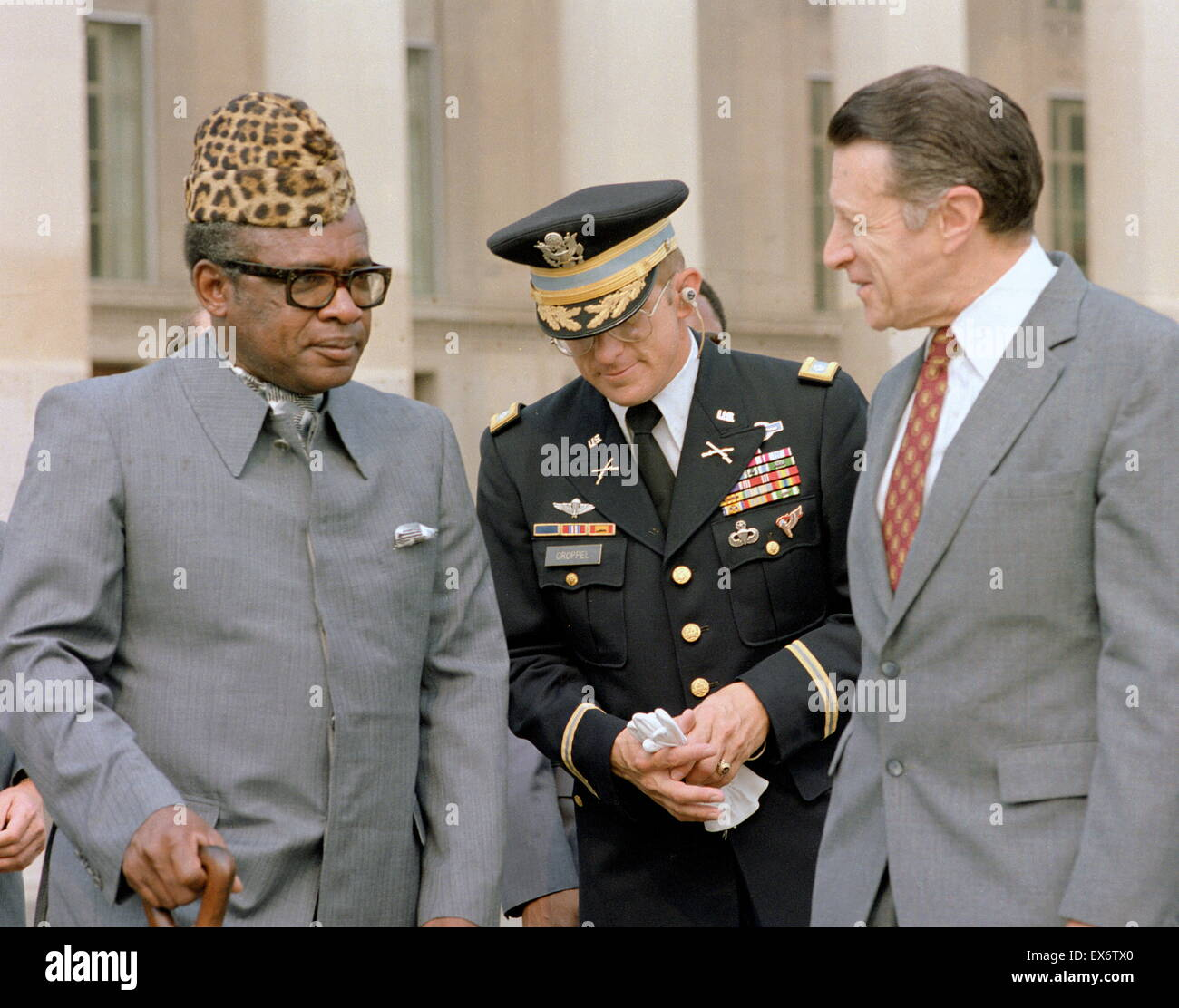 President Mobutu of Zaire visits the US Defence secretary Caspar Weinberger 1983 - Stock Image