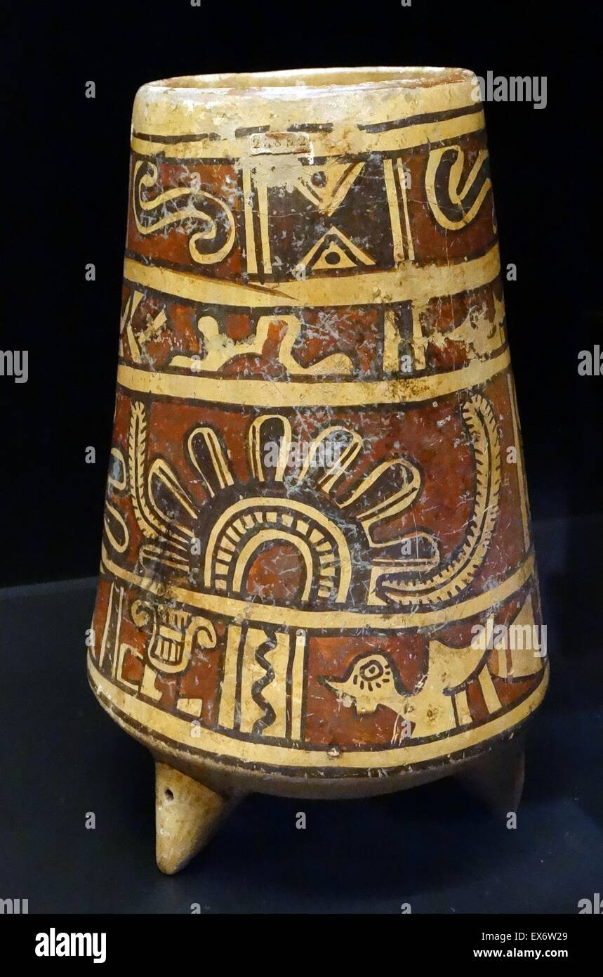 Zapotec terracotta vase from Oaxaca, Mexico. 250-600 AD - Stock Image