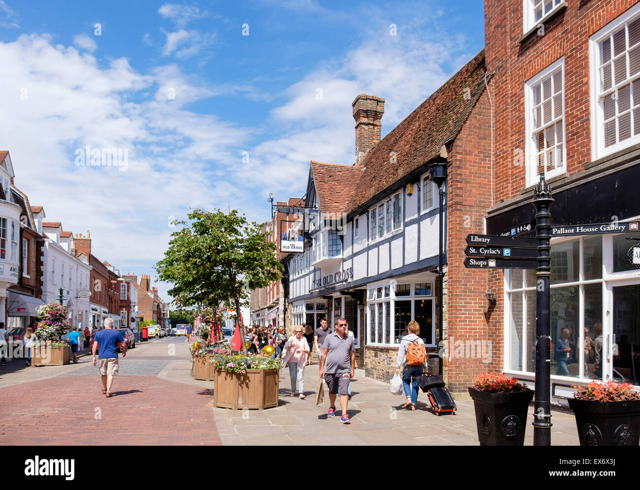 The Old Cross pub on pedestrian precinct with people in Chichester city centre in summer. North Street Chichester - Stock Image