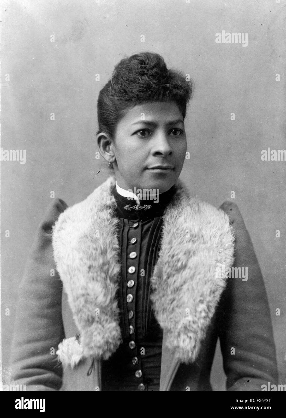 African American woman, half-length portrait, (facing slightly right). Published 1899 or 1900. - Stock Image