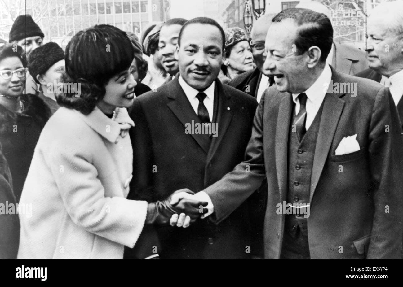 Mayor Wagner of New York greets Dr. and Mrs. Luther King, Jr. at City Hall 1964. Robert Ferdinand Wagner II (April 20, 1910 - February 12, 1964 Stock Photo