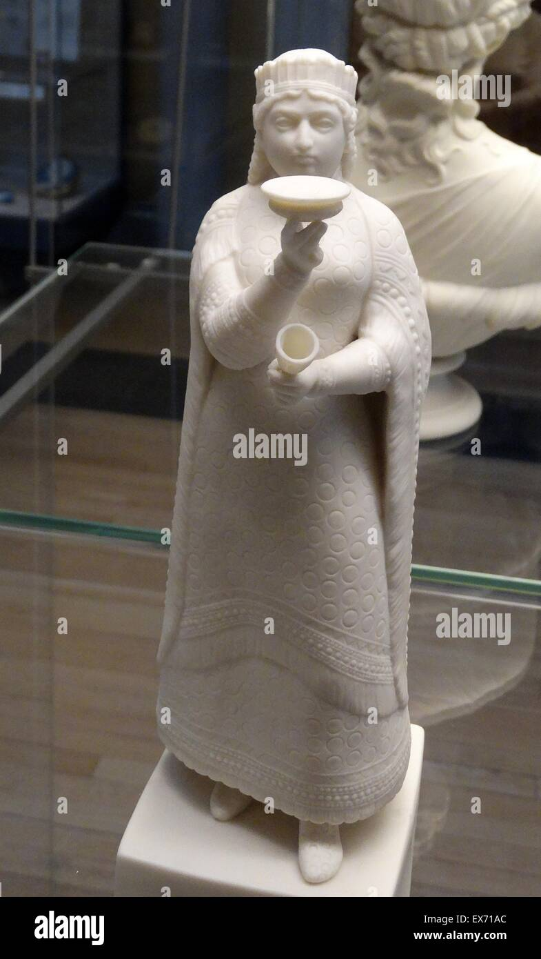 Assyrian-style reproduction in white porcelain, from 1860 depicting the wife (Queen) of Sardanapalus the last king - Stock Image