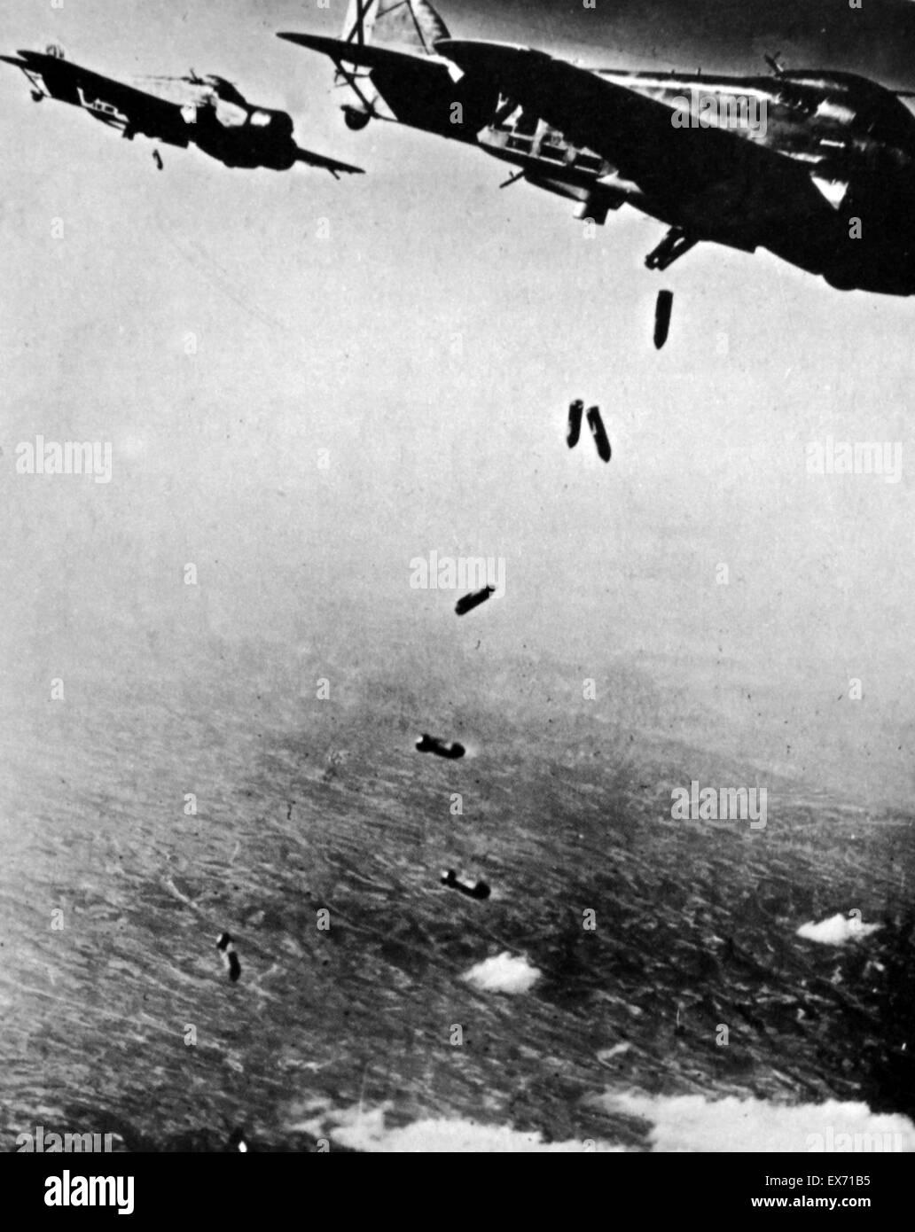 Spanish civil war, Italian aircraft bomb Republican positions in Spain - Stock Image