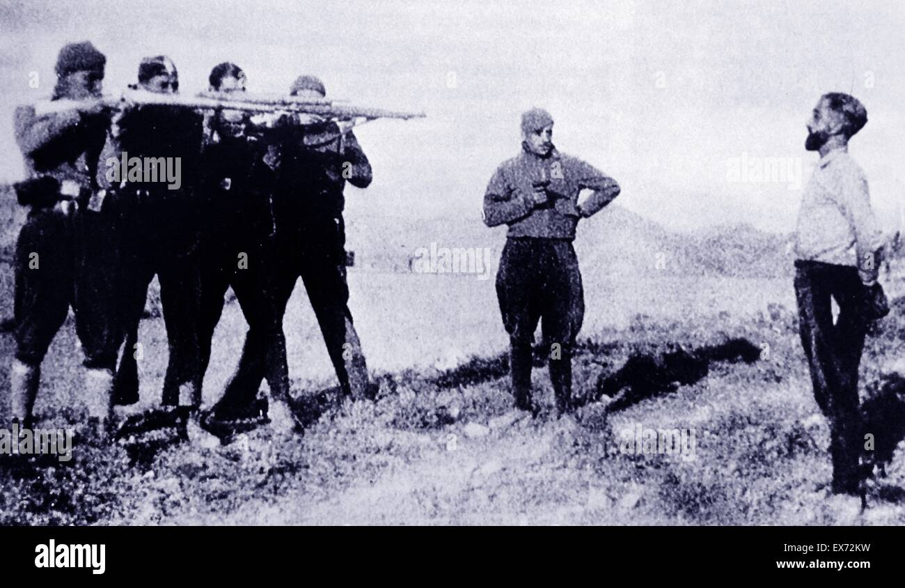 A suspected nationalist spy, is executed in the Catalan area by a Republican firing squad, during the Spanish Civil - Stock Image