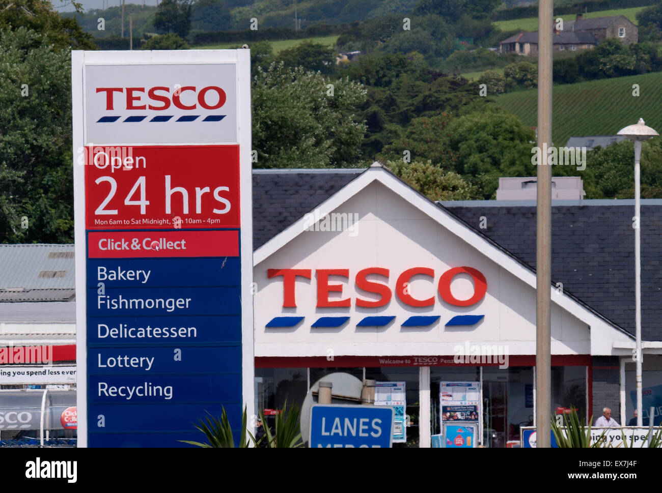Tesco Burnt Tree Island Dudley Opening Times