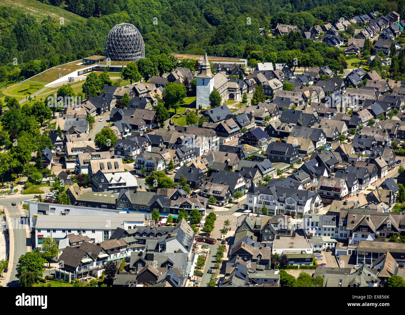 Townscape with the Oversum Vital Resort, Winterberg, Sauerland, North Rhine-Westphalia, Germany - Stock Image