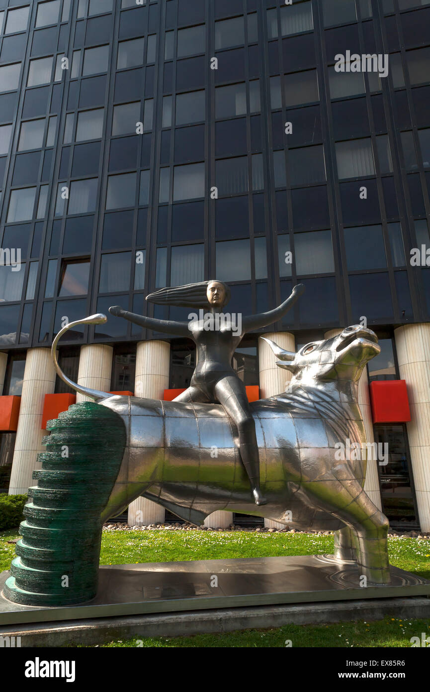 """The sculpture """"Abduction of Europe"""", a gift from Crete to the European Parliament in 2005, in front of a building in the Stock Photo"""