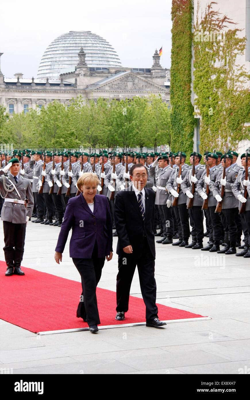 Angela Merkel, Ban Ki-Moon - Empfang des Generalsekretaers der Vereinten Nationen mit militaerischen Ehren, 15. - Stock Image