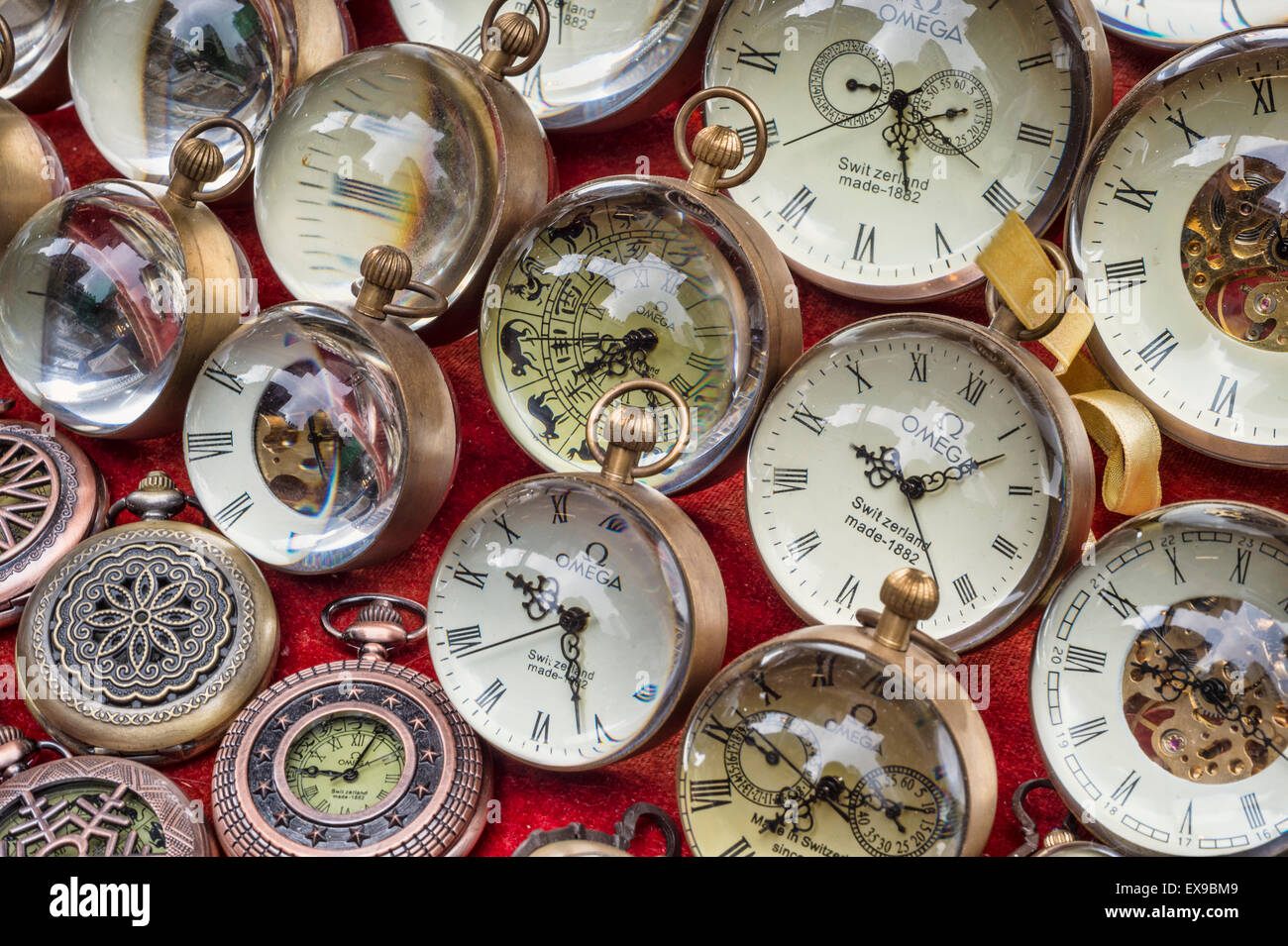 Collection of old pocket watches at a flea market (Cat Street Market on Upper Lascar Row in Hong Kong, China) - Stock Image