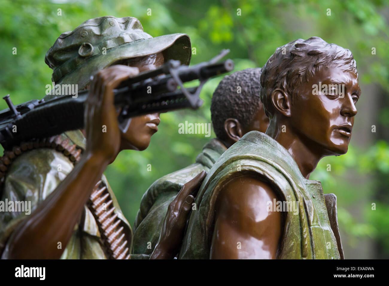 Vietnam War Veterans Memorial Statue, Three Servicemen Washington DC - Stock Image