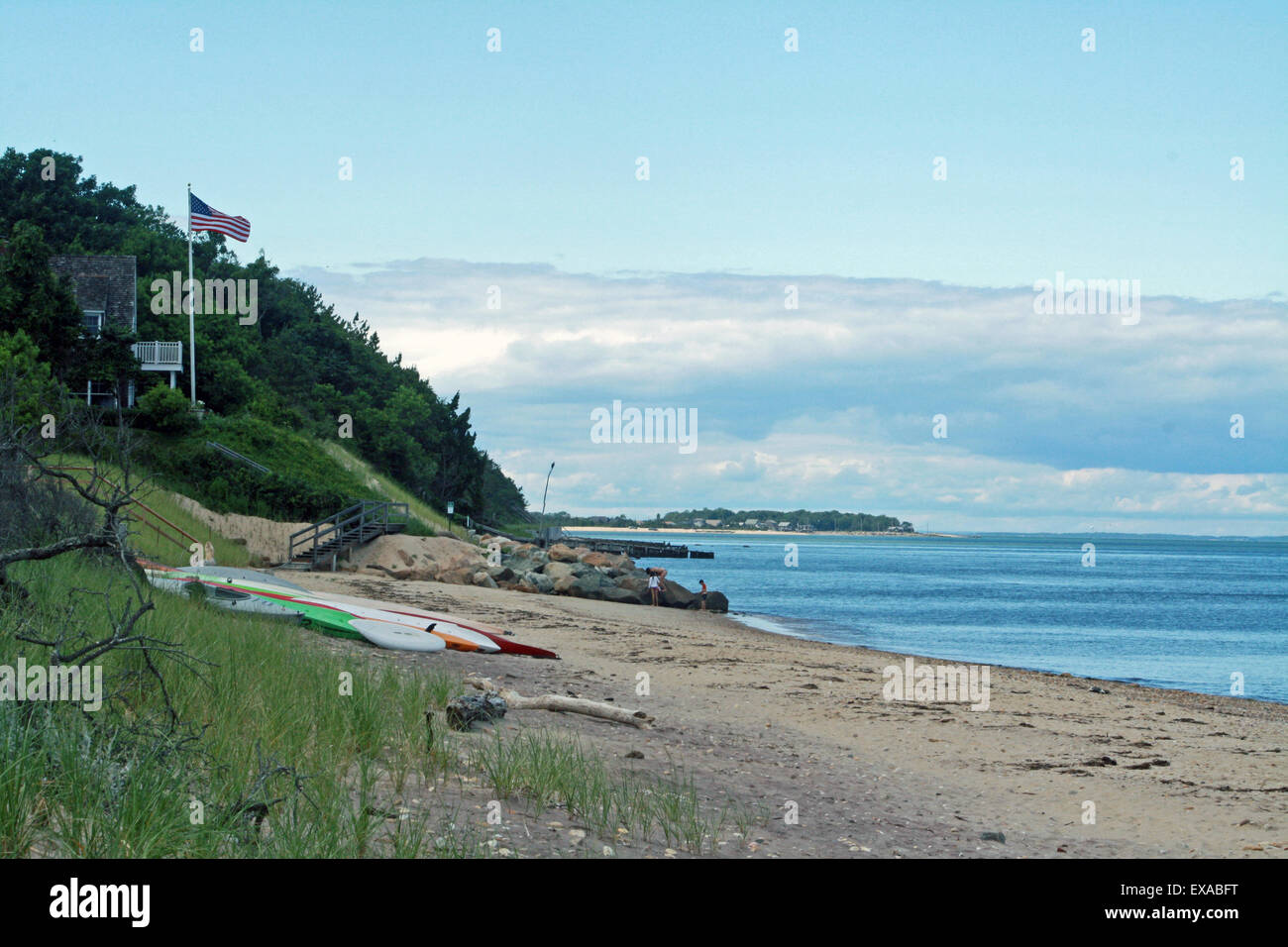 Gardiners Bay Shoreline Hamptons Beach Atlantic Ocean Long Island New York - Stock Image