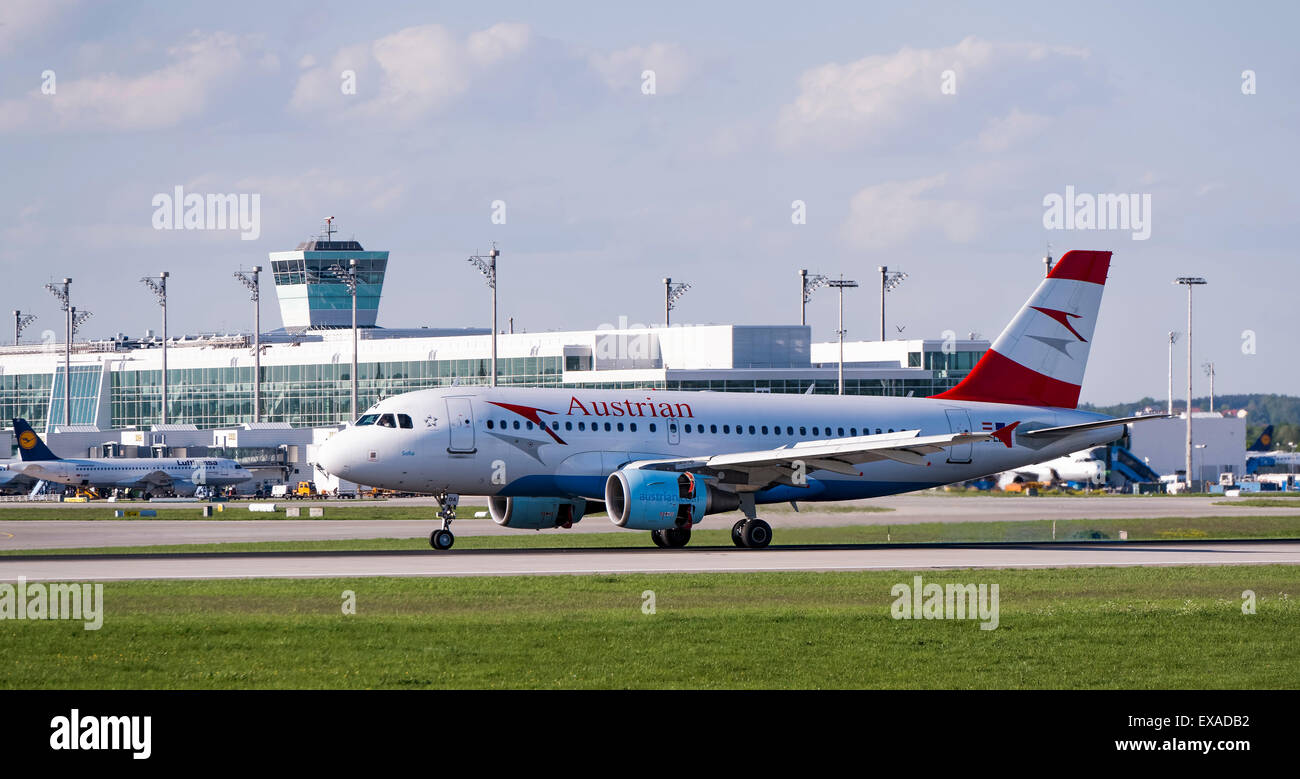 Austrian Airlines Airbus A319-112, registration number OE-LDA, taxying at Munich Airport, Munich, Upper Bavaria, - Stock Image