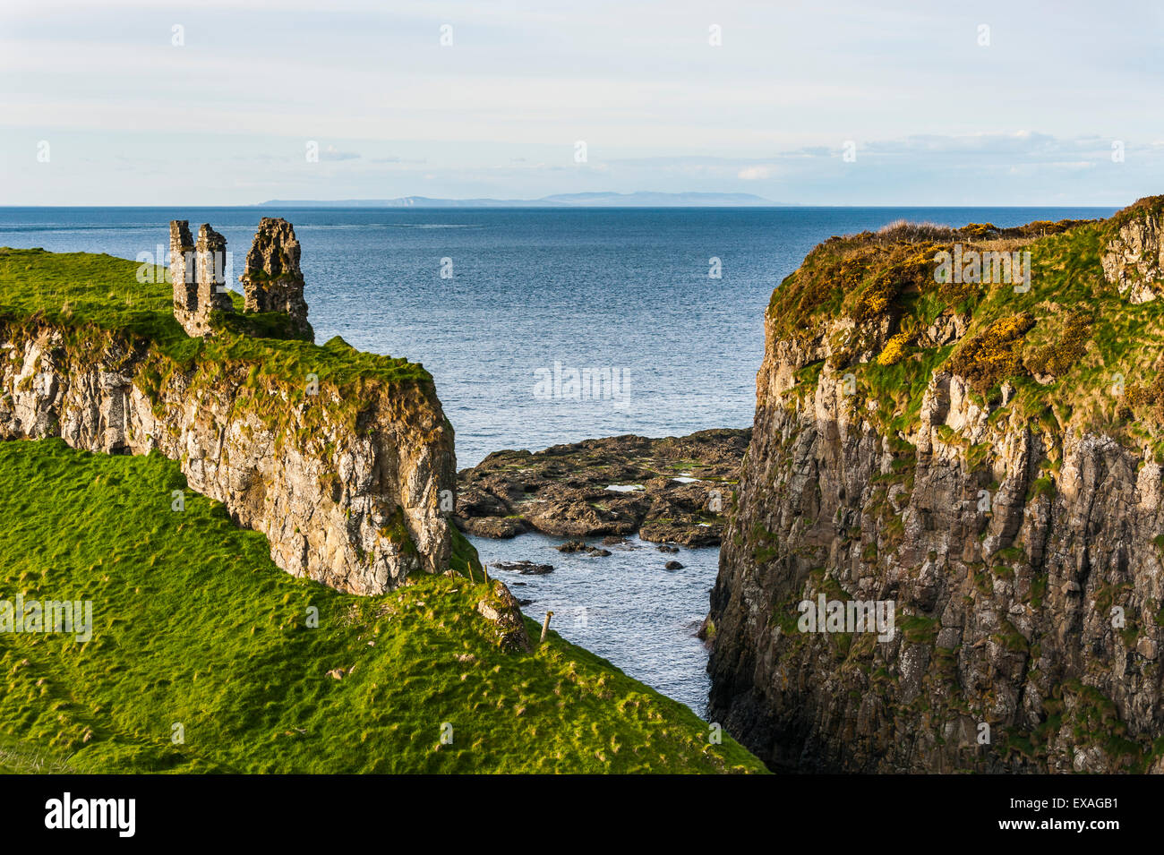 Dunseverick Castle near the Giants Causeway, County Antrim, Ulster, Northern Ireland, United Kingdom, Europe - Stock Image
