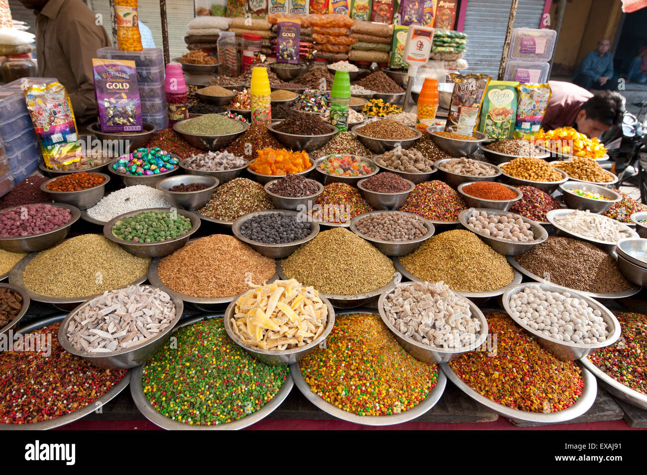 Spice and sweet stall in the market, Ahmedabad, Gujarat, India, Asia - Stock Image