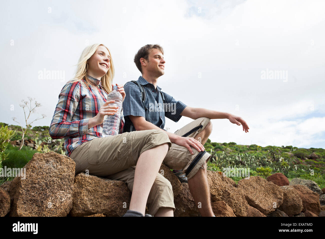 young couple with travelling break on the Canaries - Stock Image