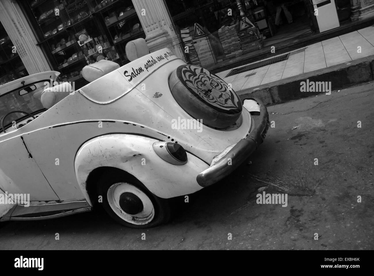 Convertible VW, Cairo, Egypt - Stock Image