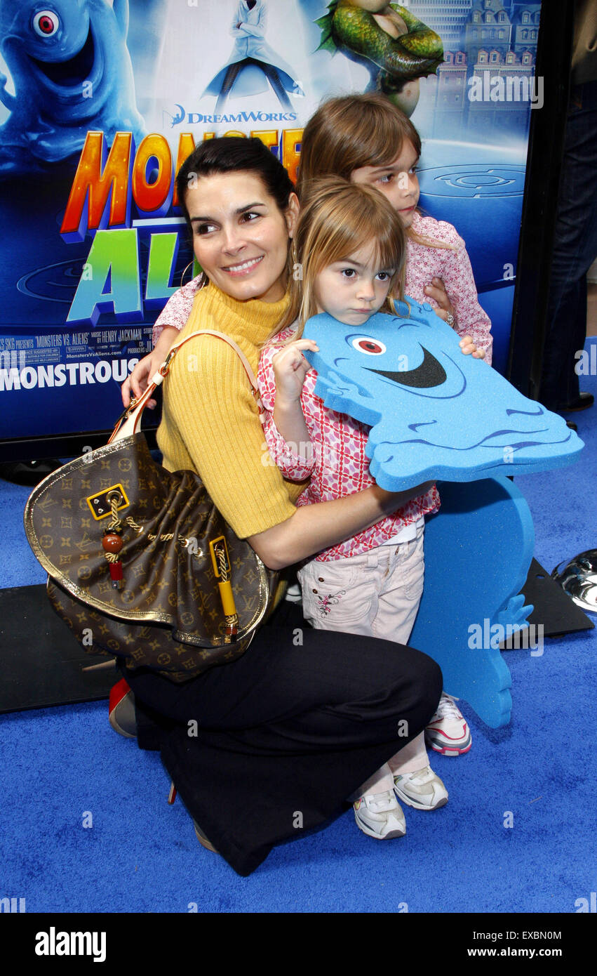 Angie Harmon at the Los Angeles premiere of 'Monsters vs. Aliens'. - Stock Image