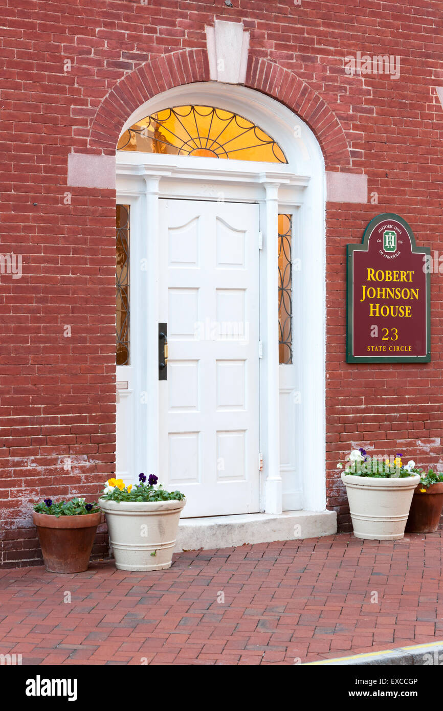 The front entrance to the historic Robert Johnson House in Annapolis, Maryland. - Stock Image